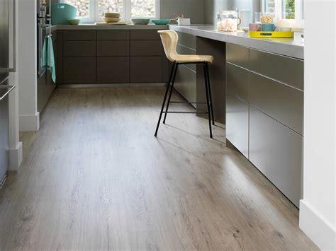 Pavimenti In Legno Per Cucina by Pavimenti In Legno Anche In Bagno E Cucina