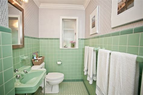 Kitchen Paint Colours Ideas - 36 1950s green bathroom tile ideas and pictures