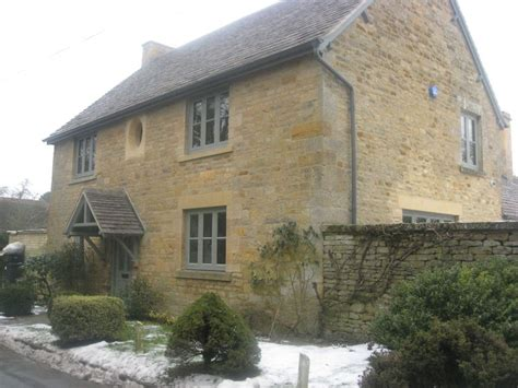 Luxury 4 Bedroom Cottage In Cotswolds Homeaway Cotswold