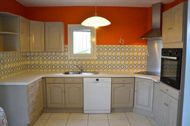 peinture v33 cuisine peinture pour meuble pour tout peindre sans poncer v33