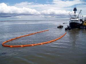Oil Spill Containment Boom | CleanupOil.com