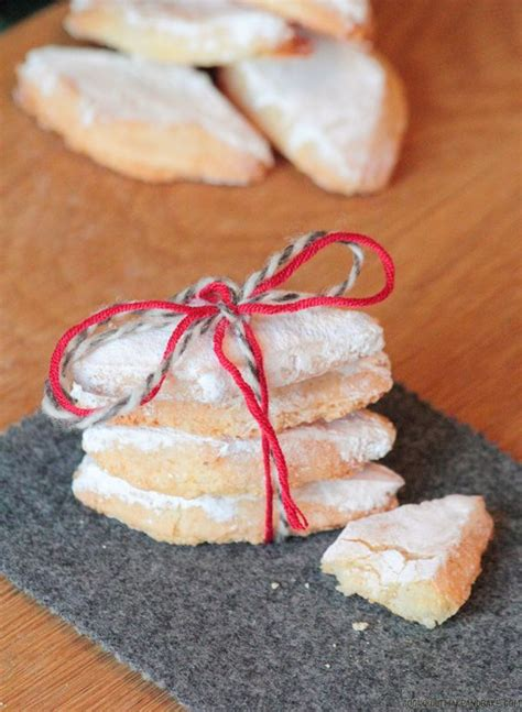 Italian cookies are traditionally flavored with anise, but no one in my family likes the taste of black licorice, so i used use pastel sprinkles, they bleed color less. Bake: Ricciarelli - Italian Almond Christmas Cookies   Gluten free italian christmas cookies ...