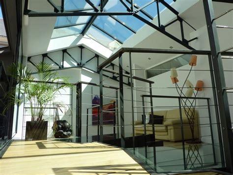 loft  ciel ouvert autour dun patio galerie