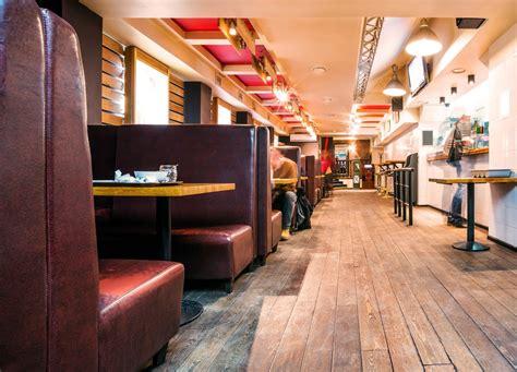 bar d interieur design quelles sont les cl 233 s de l agencement d un bar