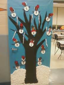 school christmas door decorating ideas google search pinpoint