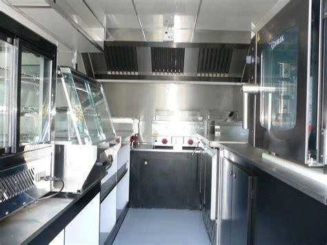 camion équipé cuisine aménagement et vente de foodtruck équipé sur bordeaux socori