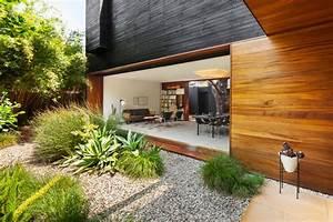baie vitree coulissante et bardage en bois massif d39une With decoration bois exterieur jardin 11 transformer maison traditionnelle en maison contemporaine