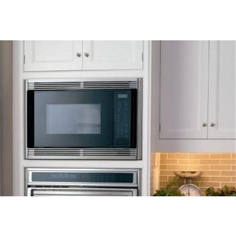 "Wolf MWC24 24"" 1.5 cu. ft. Countertop Microwave Oven"