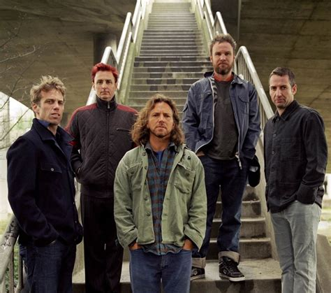 pearl jam played  type   paid  consequence  sound