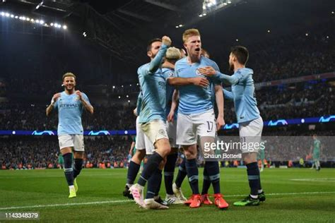 Kevin De Bruyne Photos and Premium High Res Pictures ...