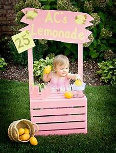 Pallet Lemonade Table 99 Pallets