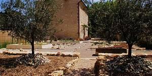 conception d39un jardin sec ecologique provence With amenager un jardin rectangulaire 1 paysagiste en ligne creation jardins et terrasses