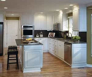 Thermofoil Kitchen Cabinets - Aristokraft Cabinetry