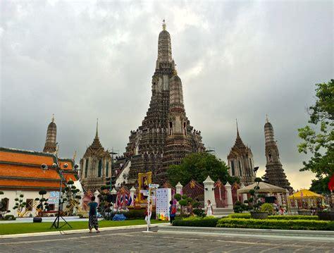 Temple Of Dawn Wat Arun In Bangkok Attraction In