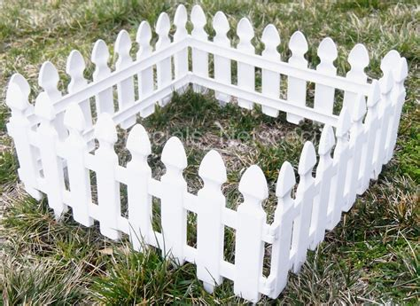 New White Picket Fence Garden Border 78