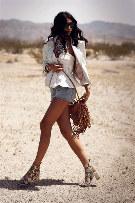 Fashion Blogger Outfits Of Coachella 2015 - Just The Design