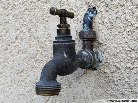 raccorder un robinet exterieur purger ses robinetteries ext 233 rieures avant le gel
