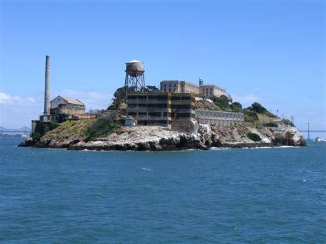 alcatraz and island file alcatraz island jpg 維基百科 自由的百科全書
