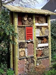 Bienenhaus Selber Bauen : insektenhotel f r den garten selber bauen video ~ Lizthompson.info Haus und Dekorationen