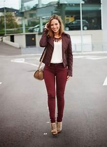 17 mejores imu00e1genes sobre outfits en color guinda en Pinterest   Bufanda de leopardo Chaquetas ...
