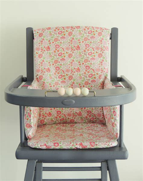 bébé chaise haute coussin chaise haute combelle bois advice for your home