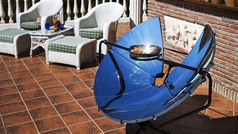 cuisiner au barbecue on a testé solsource le barbecue solaire pour cuisiner au