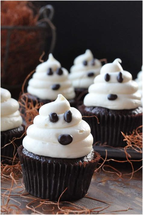 12 Halloween Cupcake Ideas That Are Wickedly Awesome