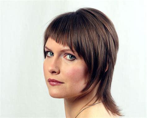 Shag Haircuts For Wavy Hair Women