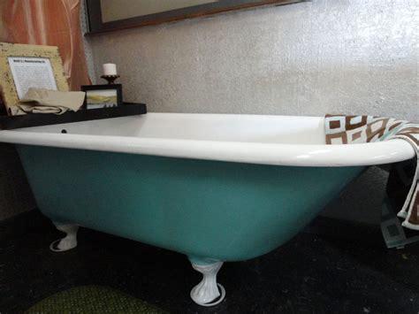 Claw Bathtub by Reserved Antique Vintage Cast Iron Claw Foot Clawfoot Tub