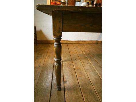 Tisch Antik, Omas Küchentisch, 20iger Jahre, Sehr Stabil
