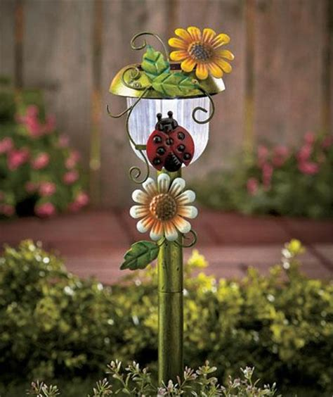 decorative 3 d solar power auto on garden yard stake light