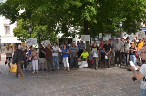 quelques images de la marche du 28 juin ranimons la cascade de salles la source