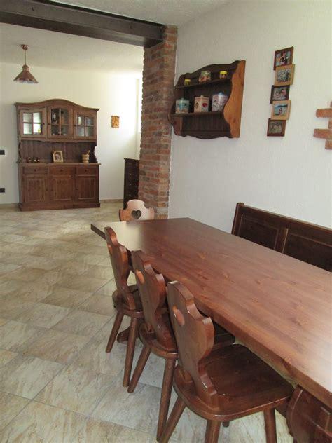 arredamento taverna rustica pin di arredamenti rustici in legno maieron mobilificio su