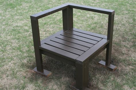build  outdoor chair  plans