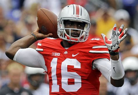 Player J.t. Barrett Hd Photos Football Player Free Hd Wallpapers, Images, Stock Photos
