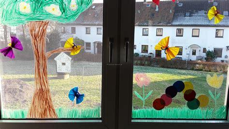 Fingerfarbe Fenster by Fr 252 Hlings Fensterdeko Raupe Nimmersatt Der