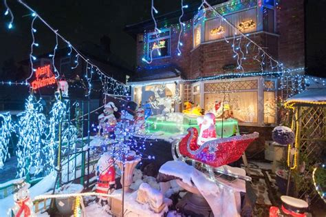 Sextant Road Leicester by Take A Look At This Spectacular Thurnby Lodge Festive Home