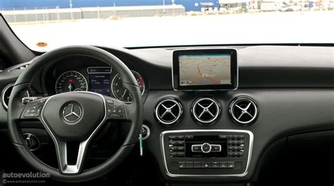 mercedes dashboard 2012 mercedes a class first drive review page 2