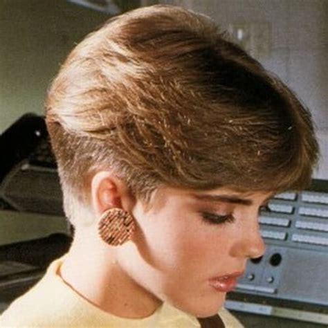 creative    wedge haircut ideas  women hair motive hair motive