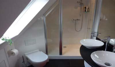 Tipps Fuer Das Badezimmer Unterm Dach by Bad Unterm Dach My Lovely Bath Magazin F 252 R Bad Spa