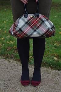 Khaki Pencil Skirt Outfit - JacquardFlower