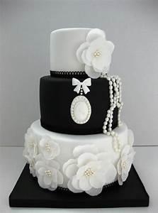 black white vintage pearls wedding cake | Danielle's ...