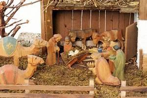 Holzfiguren Selber Machen : krippenfiguren aus pappmaschee selber basteln ideen zum basteln mit kindern ~ Orissabook.com Haus und Dekorationen