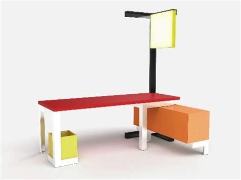 bureau lumineux salon du meuble de milan 2009 cyberpresse