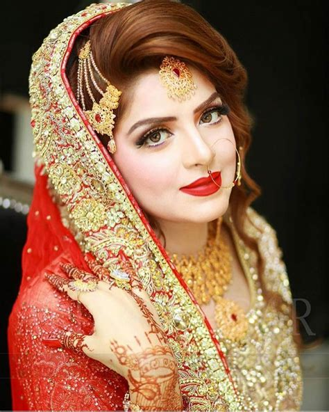 pakistani bridal dresses  latest mehndi barat