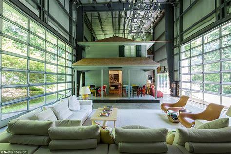 Home Design Netflix : Netflix Show Amazing Interiors Features Home