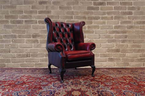 Poltrona Chesterfield Queen Anne Color Bordeaux