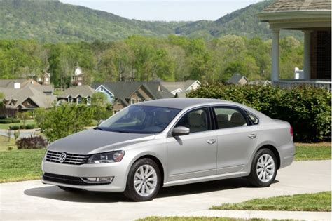 2013 Volkswagen Passat (vw) Review, Ratings, Specs, Prices