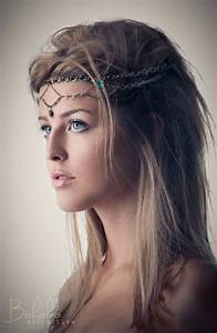16 Ultra-Chic Bohemian Hairstyles - Pretty Designs