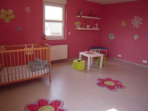 cuisine mur chambre fille photo 1 1 voici la chambre de ma fille de 2 5 ans je dois